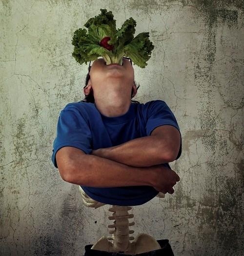 """""""Nhức nhối thực phẩm bẩn"""" hiện nay qua bộ ảnh đầy sáng tạo và chân thực"""